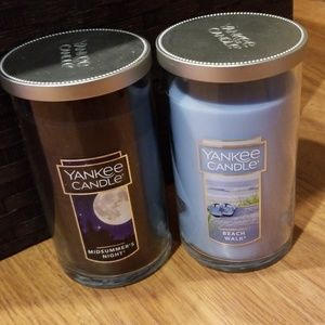 👍Bundle of TWO Brand New 12oz. Yankee Candles